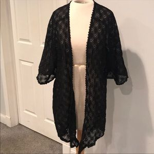 Forever 21 laced kimono medium